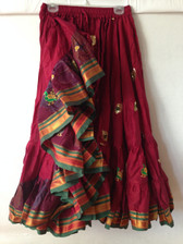 Embroidered Aishwarya Skirt Iridescent Maroon