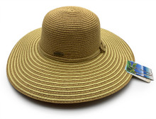 Nautical style hat with knot.