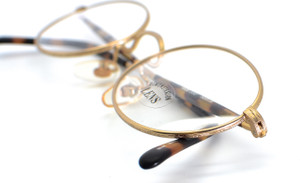 Engraved Shiny Gold Oval Frames By SAKI 532 Made In Japan
