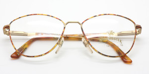 Retro metal frames by Winchester