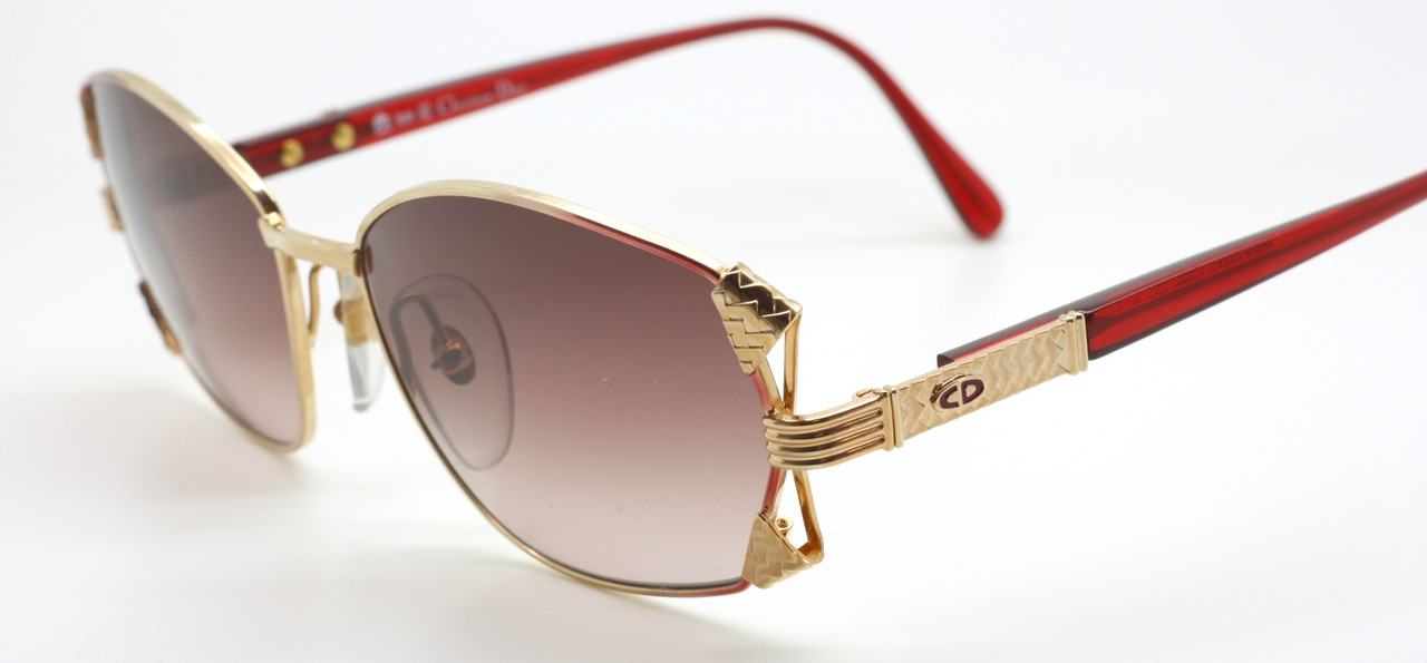1032f215028 ONLY ONE! Christian Dior 2734 Square Style Sunglasses In Gold   Burgundy  With Intricate Temple Detail
