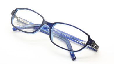 Gucci 2446 blue acrylic frames from www.theoldglassesshop.co.uk
