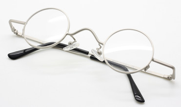 Beuren DY 305 groucho style glasses in silver from www.theoldglassesshop.co.uk