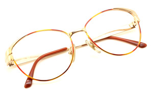 Gucci 2260 N28 in Gold and Turtle from www.theoldglassesshop.co.uk