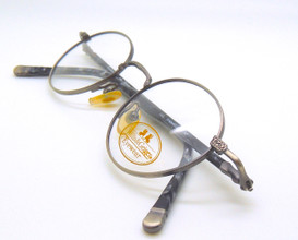 Beautiful oval eye glasses from Willia and Geiger