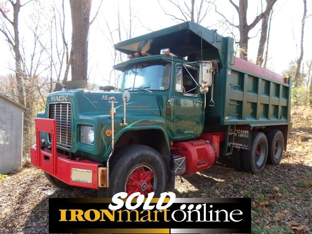 R Model Mack Tandem Axle Dump Truck Used For Sale