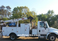 2011 4300 SBA International service Truck 7000lb IMT 3820 Crane
