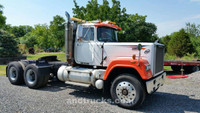 1988 Mack Superliner