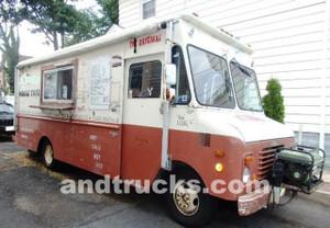Grumman 22 foot food truck