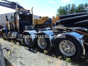 2003 Peterbilt 379 heavy haul tractor