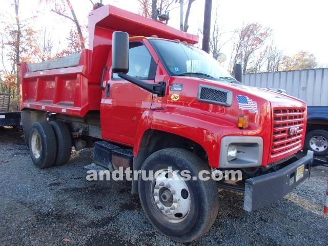 GMC top kick C7500 single axle truck