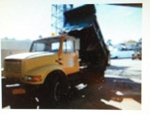 1990 4700 international single axle dump truck