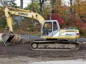 1998 Kobelco SK200LC-Mark IV Excavator