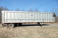 East 2004 Demo High Impact 100 Yard Walking Floor Trailer