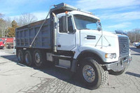 Volvo VHD84F200 Steerable Tri Axle Dump Truck
