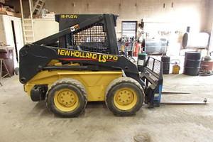 Used 2005 New Holland Skid Steer LS170 High Flow
