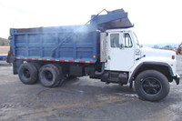 International S1900 Tandem axle dump truck