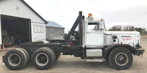 1965 Autocar DC9364 Day Cab Tractor