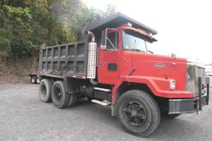 1988 Autocar ACM Tandem Axle Dump Truck