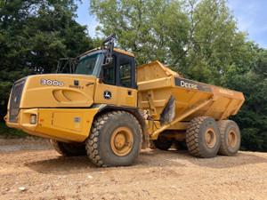 2012 John Deere 300D Off Road Articulated Dump Truck