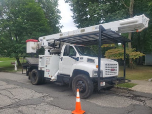 Used 2008 GMC C7500 Rear Mount Altec 62ft Over Center Bucket Truck Non CDL