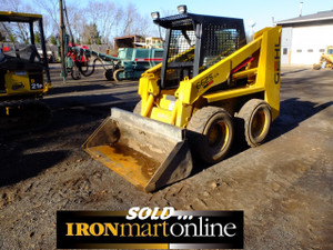 1994 Gehl 6625SX Skid Steer, It is ideal for projects where compact equipment is a must.