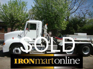 2000 Freightliner FLD112064ST Tandem Axle Tractor used for sale