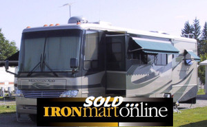 Motor Home 2006 Newmar 37ft Mountain Aire, used for sale.