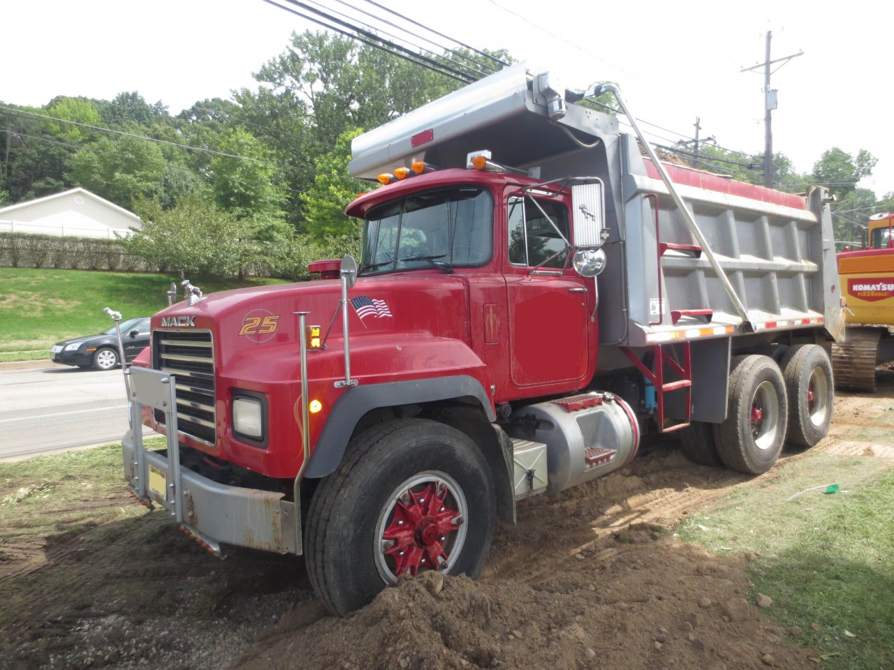 1999 Mack R Model Dump