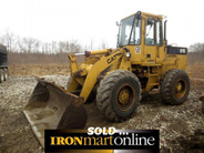 Cat 916 Wheel Loader, in very good condition.