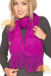 Narrow Alpaca Scarf with Alpaca Figure Label / Tag - Alpaca Carrasco - Fuchsia - 16773555