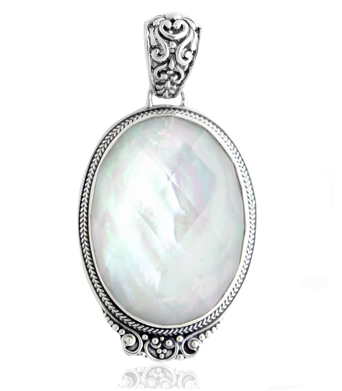 Sterling Silver Mother of Pearl /&  Peridot Circle Pendant