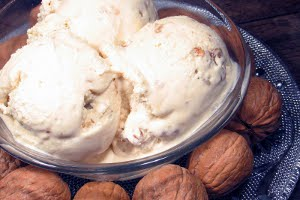 Walnut Maple Syrup Ice Cream