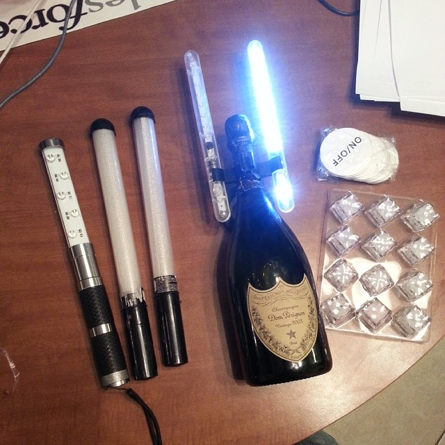 electronic-bottle-service-sparkler-alternative.jpg