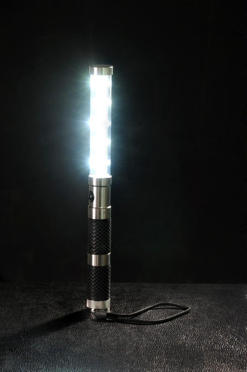 led-strobe-light-baton1-72852.1364317967.1280.1280.jpg