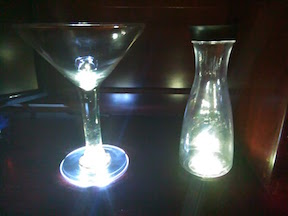 light-up-glow-led-carafet-champagne-wine-glass-flute-margarita-cup-illuminated-nightclubshop.jpg