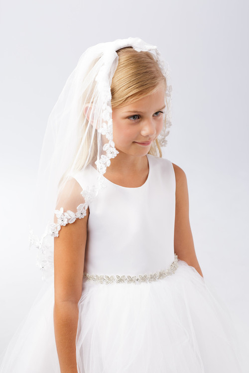 Communion Headpiece with comb. Thin floral lace border around entire veil.