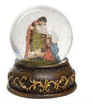 "Resin and Glass Nativity Water Globes. Measurements: 4.50"" L x 4.50"" W x 5.25"" H. Choose one style.  3682B  (Mary Blue Cloak)"