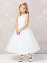 This gorgeous communion dress has an illusion neckline. The bodice is all lace applique. The waist is accented by a rhinestone strip. The back features a deep V back and a coverd button closure.