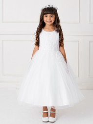 This gorgeous communion dress has an asymmetrical pleated bodice with floral lace applique bodice and tulle skirt.