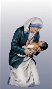 Mother Teresa of Calcutta Kneeling Statue