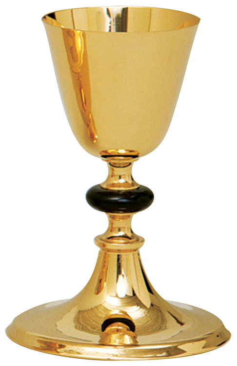 Chalice with 5-1⁄2˝ scale paten. 24k gold plated. 5-1⁄2˝ base. 8˝H., 3-3⁄4˝ dia. cup, 12 oz. cap. Gold node also available.