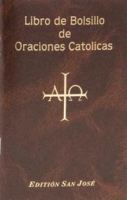 """San Jose Libro de Bolsillo de Oraciones Catolicas contiene una variedad de oraciones preferidas católicas """"en español, incluyendo oraciones diarias, oraciones a los santos, las oraciones de los santos, salmos y letanías, así como devociones tales como las estaciones del Rosario y de la Cruz. Profusamente ilustrado a todo color y encuadernado en cubierta marrón flexible, el San Jose Libro de Bolsillo de Oraciones Catolicas es una valiosa ayuda en español a la oración y la devoción católica. Hermosas ilustraciones a todo color adornan este librito que contiene las oraciones.  96 páginas ~ 4 """"x 6 1/4"""", cubierta flexible"""