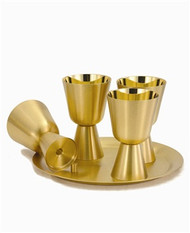 "24kt gold plate. 11 1/8"" tray with four communion cups. Pegs on trays will prevent cups from spilling when being carried."