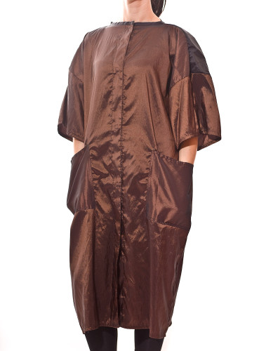 Buy these Beauty Salon Smocks and you will get the best Snap Front Smocks and Salon Client Gowns in the industry!
