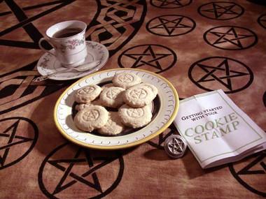 Pentacle cookie stamp