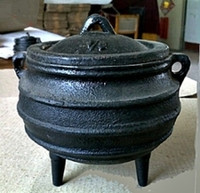 Urban Witches' Cast Iron Cauldron