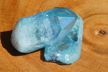 Aqua Aura Crystal Point