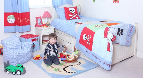 babyface-pirate-bedding-header.jpg