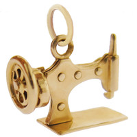 Vintage Sewing Machine 14k Gold Charm